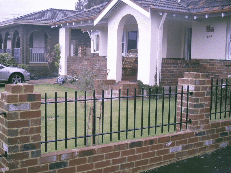 16x16mm Traditional Wrought Iron Fence Fremantle