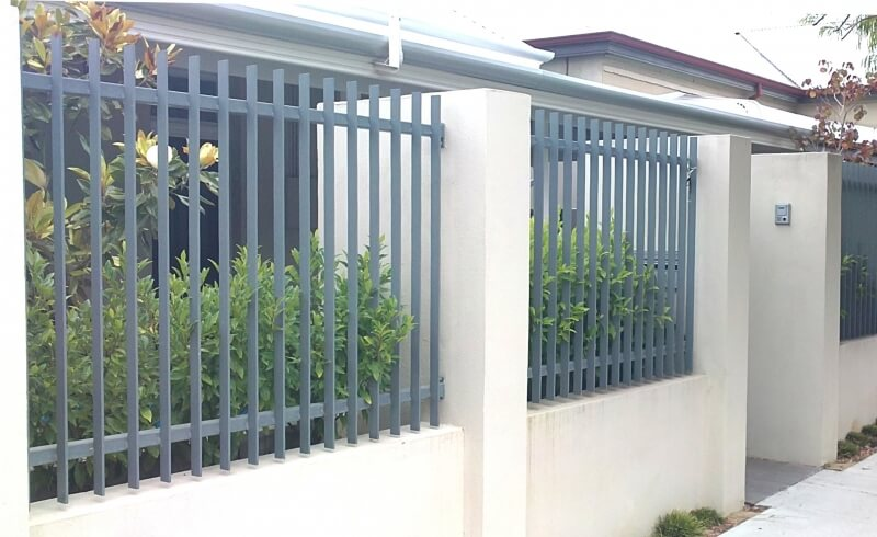 40x8mm Wrought Iron Fence Panels Highgate