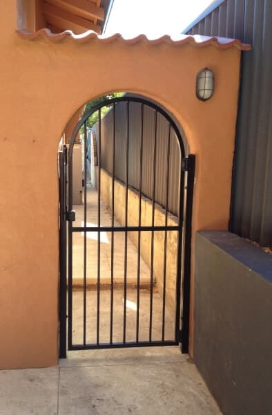 Arched Pool Gate Willetton
