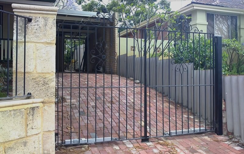 Automatic Closing Wrought Iron Driveway Gates Suit Rosette Panels