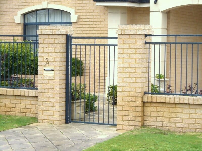 Basic Flat Tops Infill Panels And Gate In Tubular Steel In North Lake