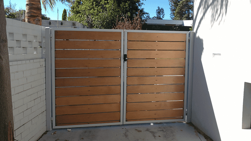 Cedar Timber Driveway Gates In Floreat