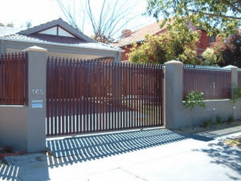 Dressed Windsor Pine Sliding Gate In Osborne Park