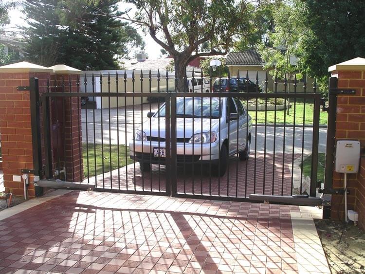 Electric Driveway Gates In Riverton