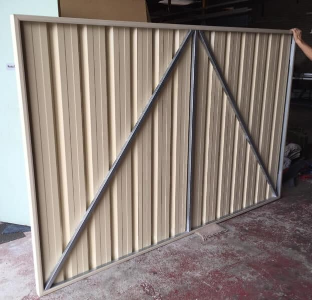 Large Industrial Sized Uncapped Colorbond Gate Rear Frame Exposed.