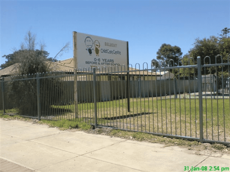 Loop Top Tubular Steel Child Care Centre Fence In Belmont