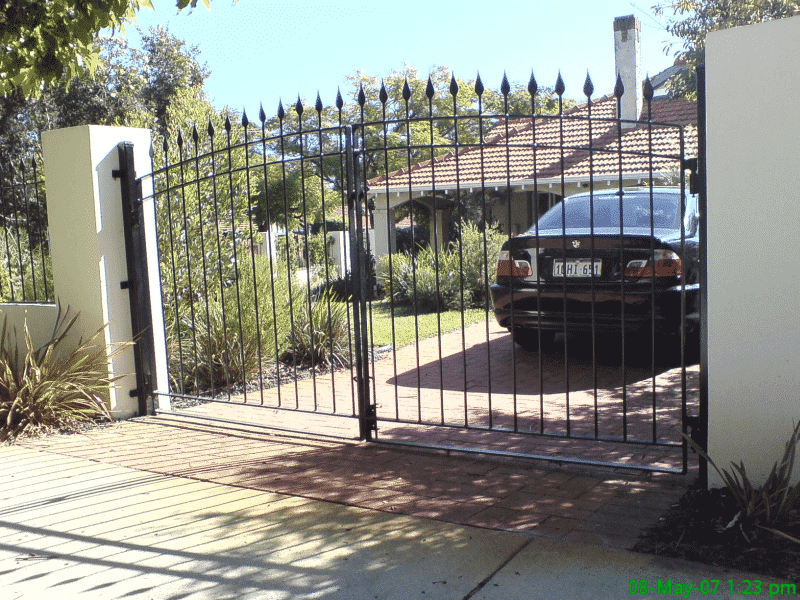 Tear Drop Wrought Iron Driveway Gates In Mount Lawley
