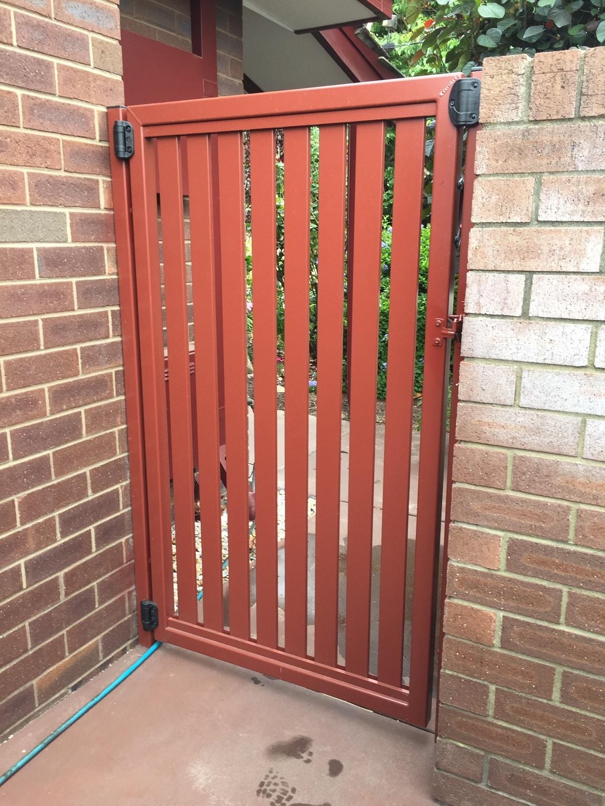 Aluminium Vertical Slat Gate Parkwood