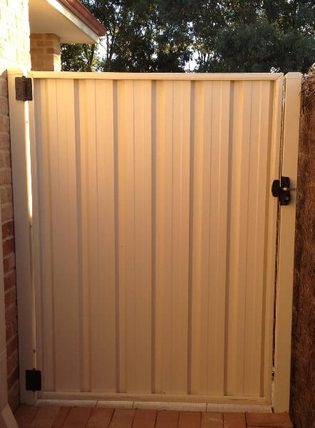 Bhp Colorbond Gate, Rear View, Safe Tech Gate Hardware, Woodvale