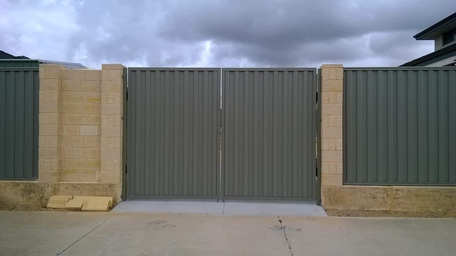 Colorbond Driveway Gates Perth Front