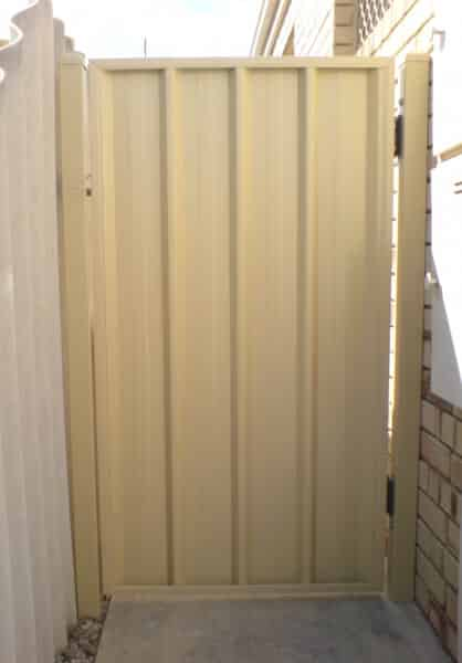 Colorbond Pedestrian Gate With D Latch And Extension Handle Thornlie