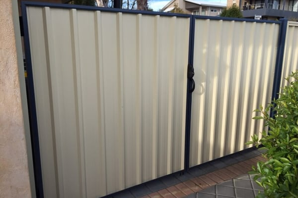 Colourbond fence perth