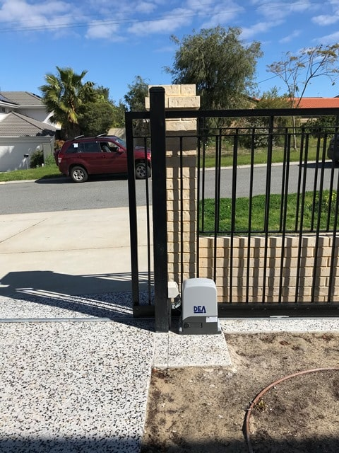 Dea Rev 24 Italian Sliding Gate Como