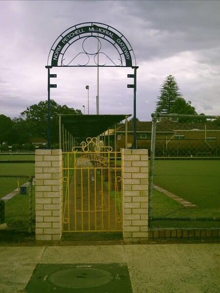 Gosnells Bowling Club Entry Sign