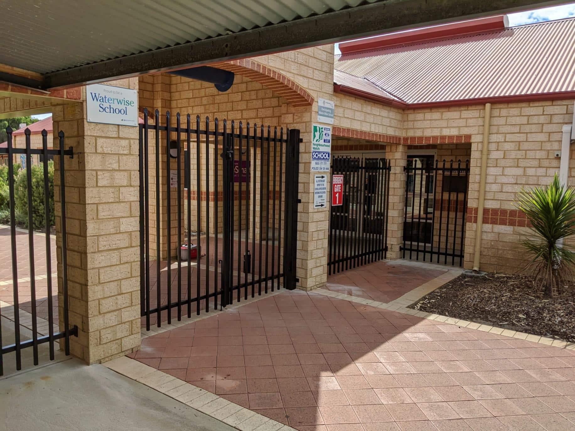 Garrison entry gates Safety Bay Img 3142
