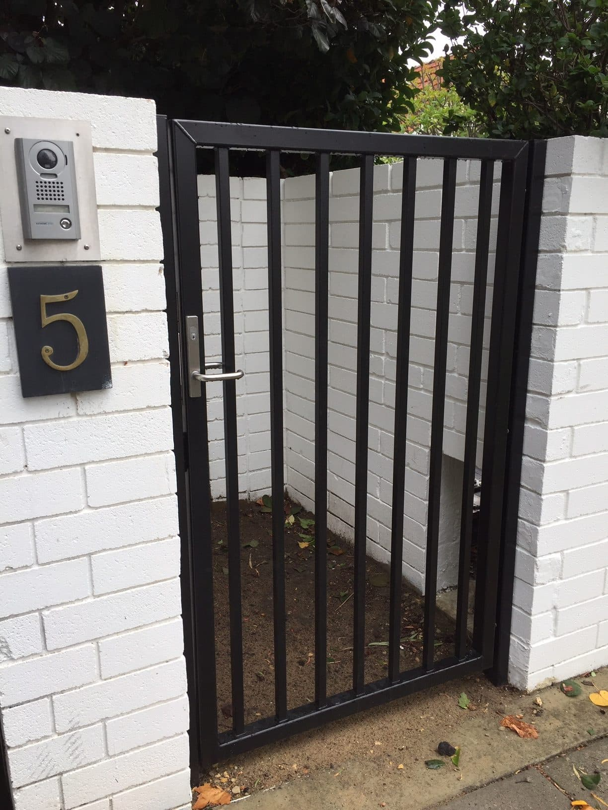 Aluminium square tube gate with electric lock