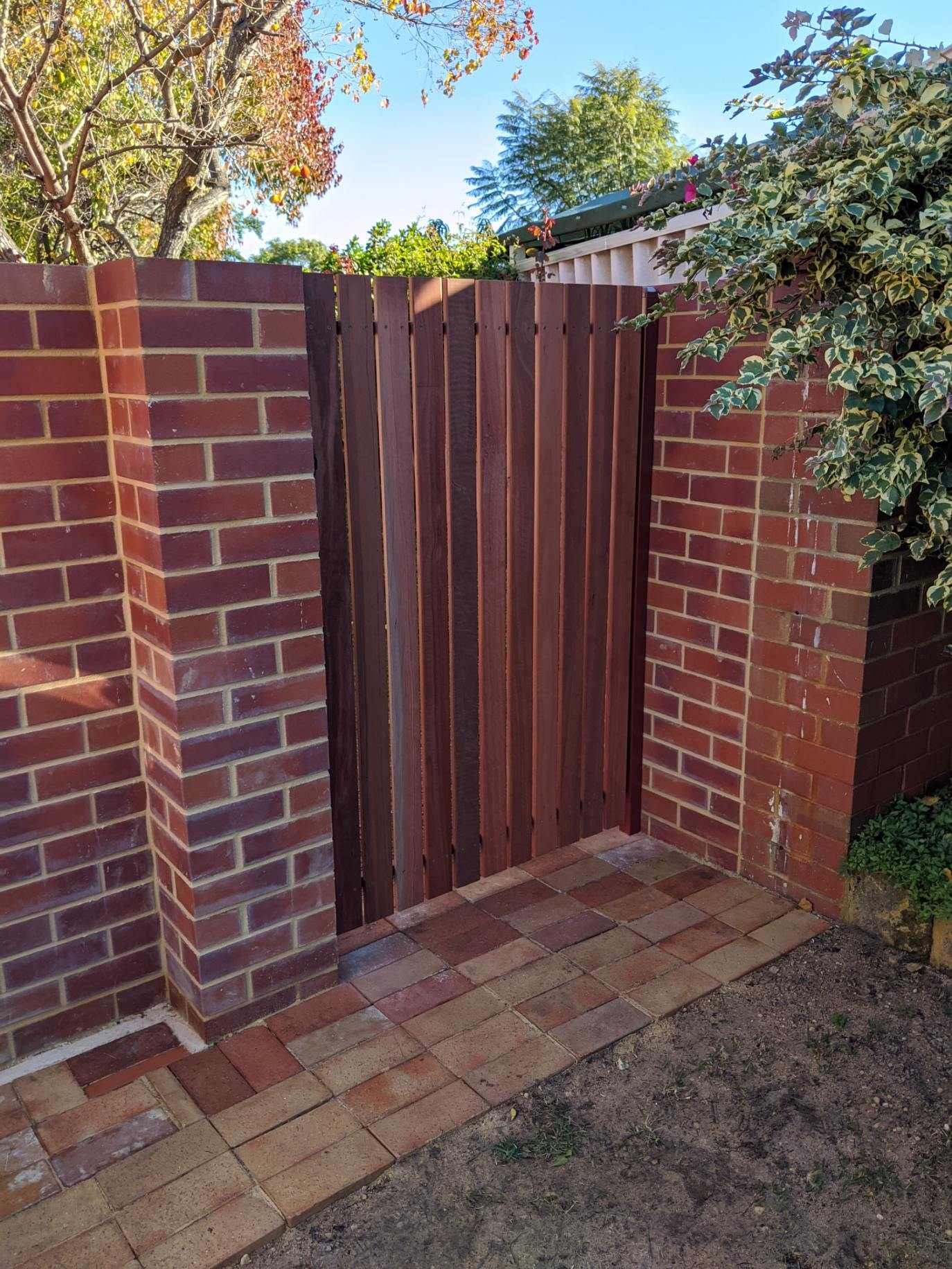 Jarrah Gate Perth Face Board 3872