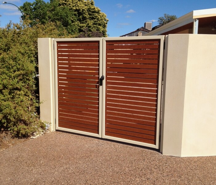 Western Red Cedar Aluminium Timber Grain Slat Gates, Powdercoated Framework, Rossmoyne