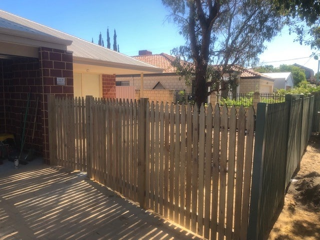 Windsor Pine Picket Fencing Doubleview